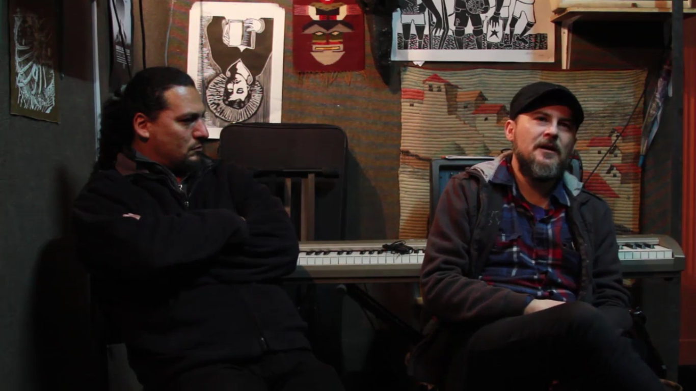 """VIDEO: Entrevista con Kuervos del Sur en vísperas del lanzamiento de su nuevo álbum """"El Vuelo del Pillán"""""""
