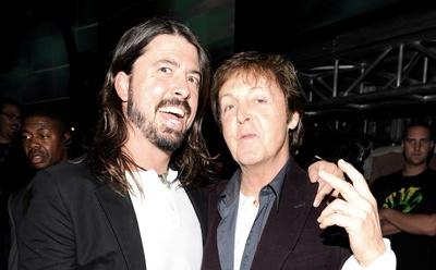 Paul McCartney hoy se convertirá en Kurt Cobain