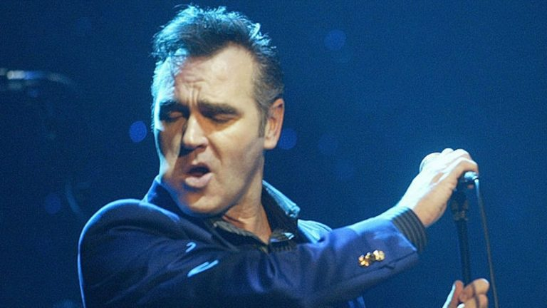 "Morrissey anuncia nuevo álbum de estudio: ""Bonfire of Teenagers"""
