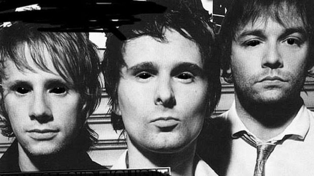 Muse estrena otro tema de su nuevo disco, escucha 'Mercy'