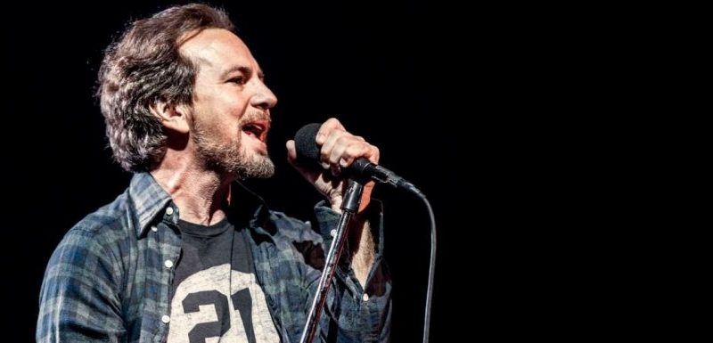 """Superblood Wolfmoon"", ya podemos escuchar el nuevo tema de Pearl Jam"