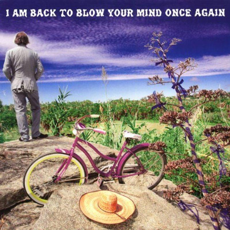 Peter Buck (R.E.M.)  anuncia su nuevo disco de estudio en solitario con un espectacular nombre