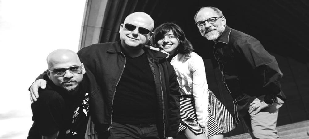 """Pixies anuncian """"Head Carrier"""", nuevo disco de estudio, escucha el primer single"""