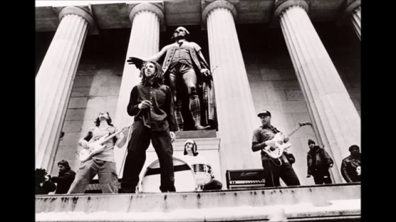 """Videografía Rock: """"Sleep Now In The Fire""""- Rage Against The Machine"""