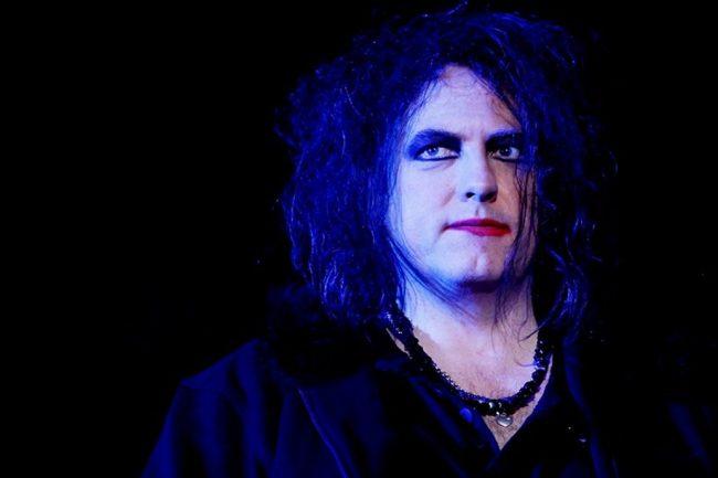 """Robert Smith y la canción que cerrará el nuevo álbum de The Cure: """"Serán 10 minutos de oscuridad y penumbra"""""""