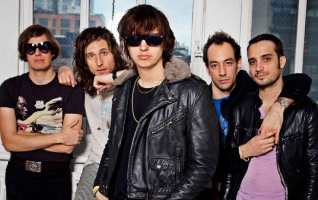 The Strokes confirman nuevo álbum de estudio y estrenan adelanto en vivo
