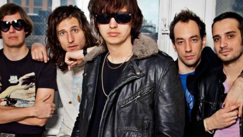 The Strokes ganan su primer Grammy en su historia por Mejor Álbum Rock