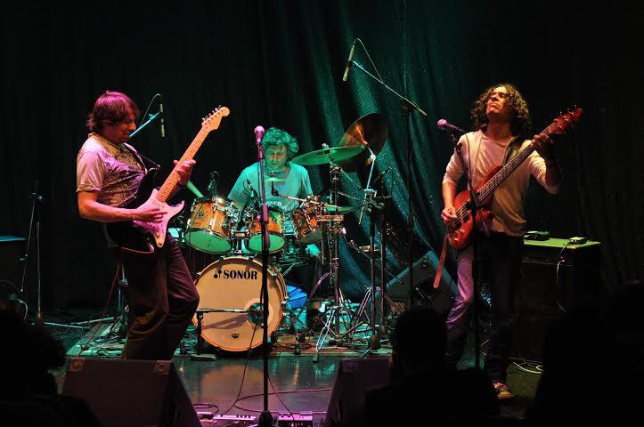 Los progresivos nacionales de Tryo se suman al show de Kansas en Chile