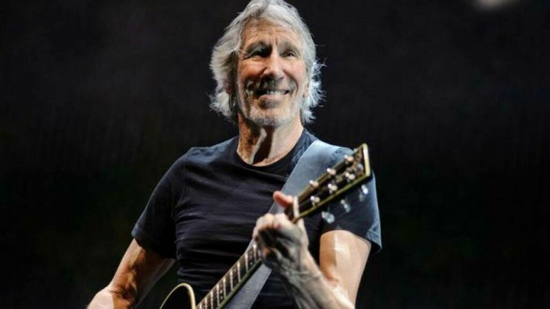 """Mother"": Roger Waters interpreta el clásico de Pink Floyd en modo cuarentena"
